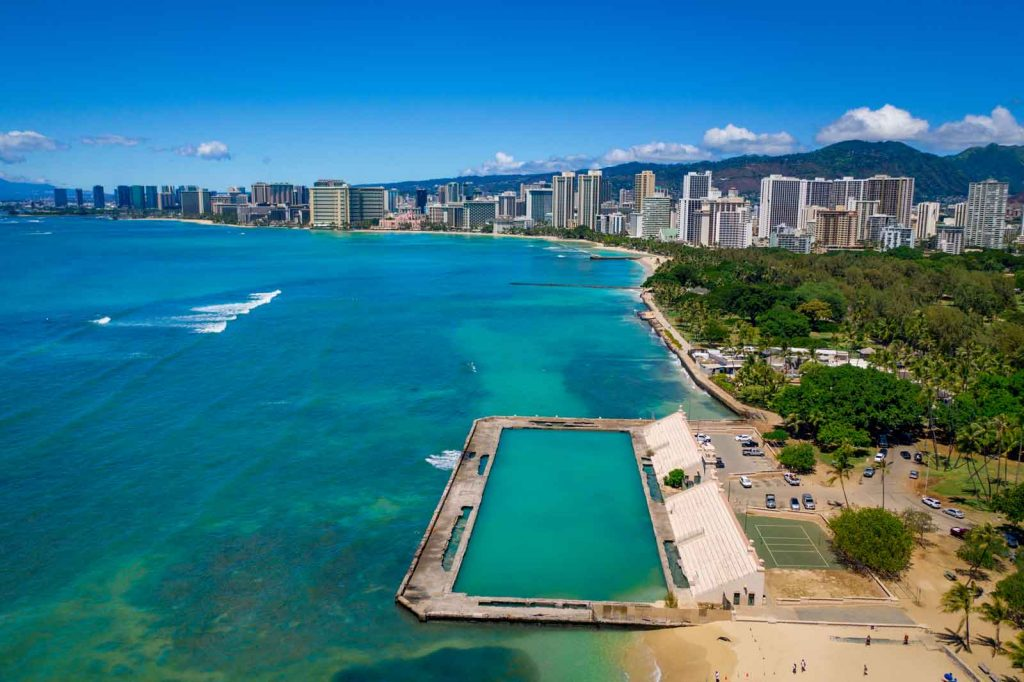 Snorkeling in Waikiki near Kapiolani Park